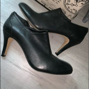 Vince camuto genuine leather booties